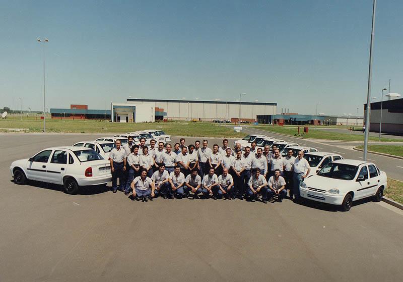 Inauguración de la planta industrial de General Motors