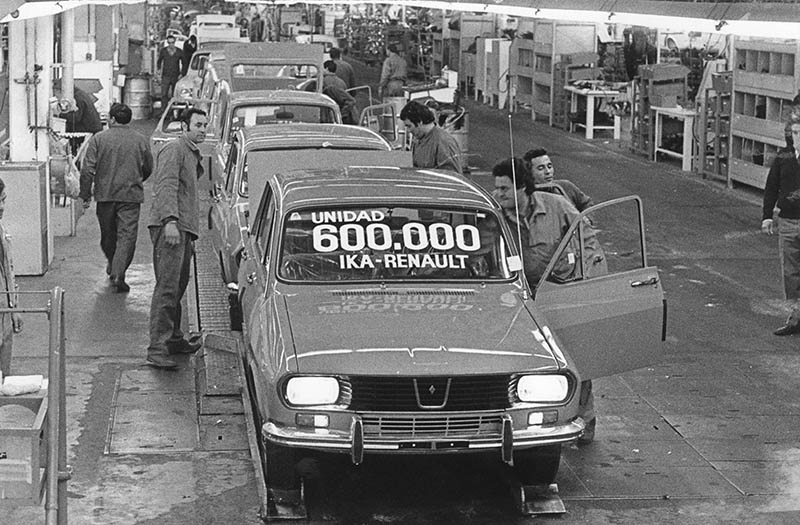 Renault 12 IKA 600.000