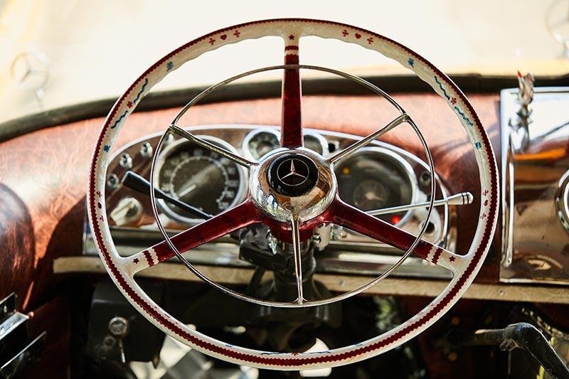 Mercedes-Benz LO 1114 50 aniversario